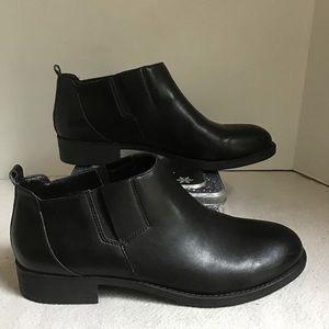 Easy Spirit Black Esyanel Ankle Booties